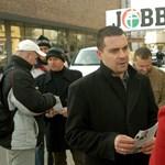 Fideszeseket szúrt le Orbán a Jobbik nyomulása miatt