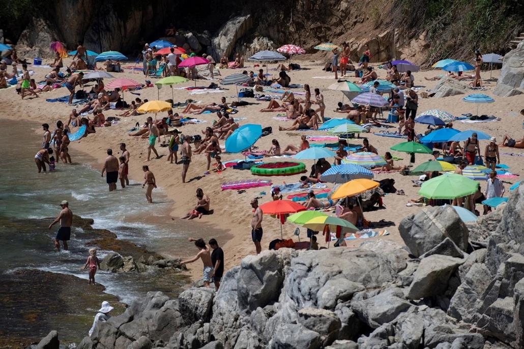 afp.20.07.05. Girona, tengerpart, spanyolország