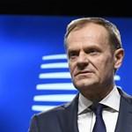 Kemény szavakkal várja Brüsszelbe az amerikai elnököt Donald Tusk