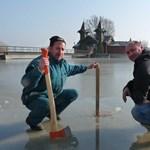 Beállt a Balaton jege, de terepjáróval még mindig nem javasolt a korcsolyázás