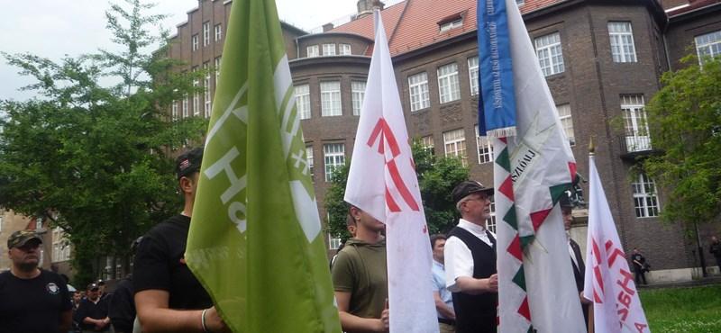 Túlerőben voltak a Nemzeti Légió ellen tiltakozók Szegeden