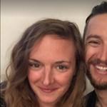 A húsvéti nyulak szerepében Hosszú Katinka és Shane Tusup