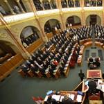 Ma megszavazhatják a kétharmad trükkös bebiztosítását