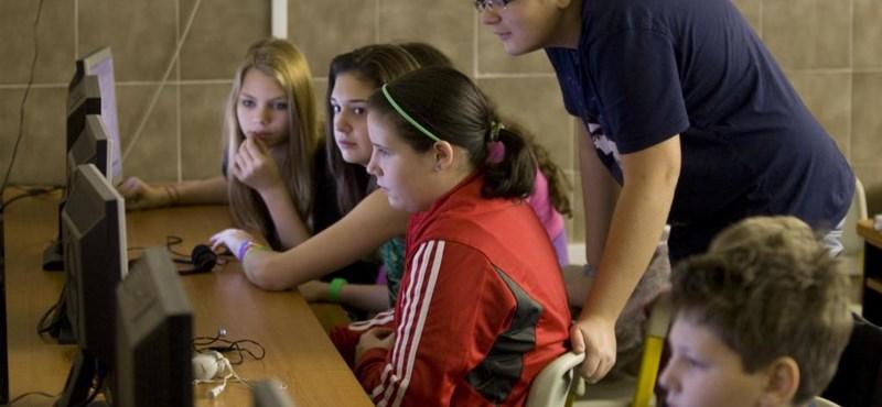 """Így kell újraírni a tanterveket az iskolákban - a miniszter dönt az """"alternatív"""" megoldásokról"""