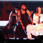 Így számlázta ki Rihanna 1 millió dolláros gázsiját