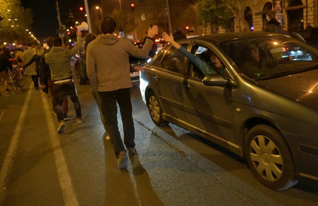 tg.17.04.12. - Hősök vétója - tüntetés a civilek és a CEU ellehetetlenítése ellen - Bajcsy Zsilinszky út