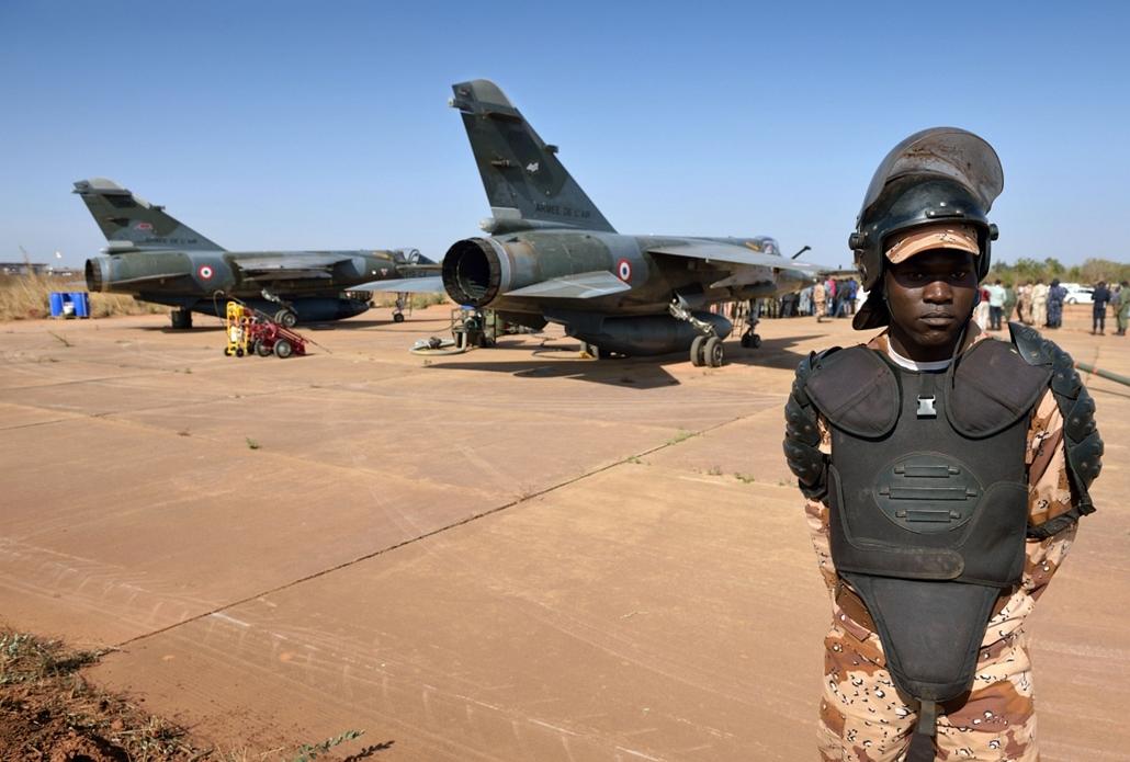 Malinagyítás afp, Mali, algéria, francia beavatkozás - a mali nemzeti gárda egyik tagja