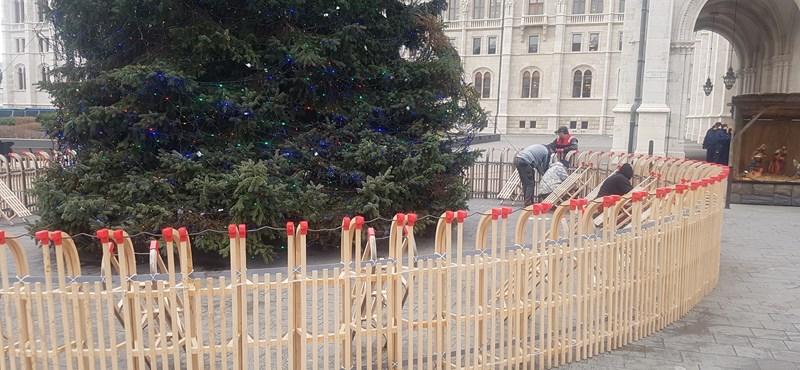 A Fidesz szerint ők nem is mondták, hogy karácsonyi ajándékok lesznek a szánkók