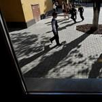 Haladékot kaptak a bezárásra ítélt iskolák
