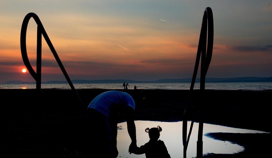 A legkisebb Balaton - évképei