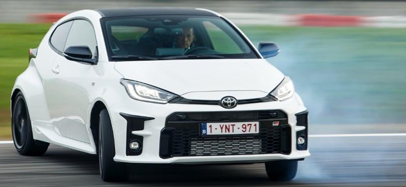 Kicsi a bors, de erős: a Toyota GR Yaris a Nordschleifén is bizonyított – videó