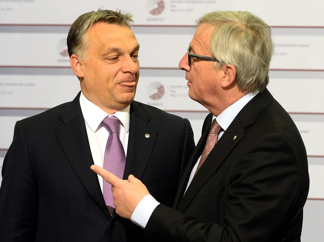 afp.15.05.22. - Riga, Lettország: Jean-Claude Juncker fogadja Orbán Viktort - 7képei, évképei