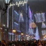 Elözönlötték a turisták Budapestet, nincs már szabad szoba
