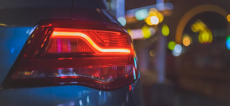 Ezzel a kis praktikus autós megoldással ott is remekül fog látni, ahol egy szikrányi fény sincs