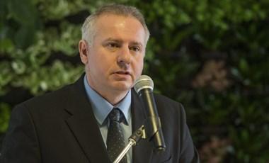 Csak a polgármester engedélyével költekezhetnek az önkormányzati intézmények Pécsen