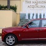 Ilyen egy eladó luxusotthon, ami mellé egy Rolls-Royce és egy Lambo is jár