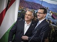 A lengyel kormányfő ragaszkodik a vétóhoz, és hallani sem akar Von der Leyen ötletéről