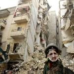 Tízévnyi öldöklés és szenvedés után is távolinak tűnik a béke Szíriában