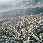 A nap képe: Mexikóváros szőnyegre terítve