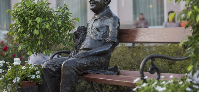 Fotók: Felavatták Kállai Ferenc szobrát