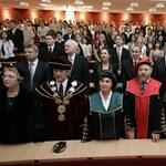 Változtatnak a felsőoktatási törvényen: 70 éves korig lehet oktatóként dolgozni