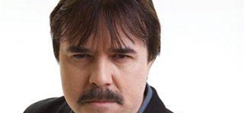 A Hír TV-től is bocsánatot kért bunkó vicce miatt Maksa Zoltán