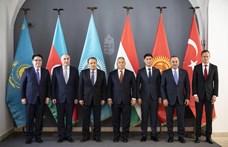 Szövetségbe forrt illiberális köztársaságok – Orbán mondja meg, ki a türk