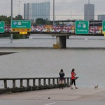 Felrobbanhat egy vegyi üzem az elárasztott Houston mellett