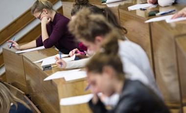 Hosszabb lesz két népszerű alapszak: négy évig kell majd tanulni a diplomaszerzéshez