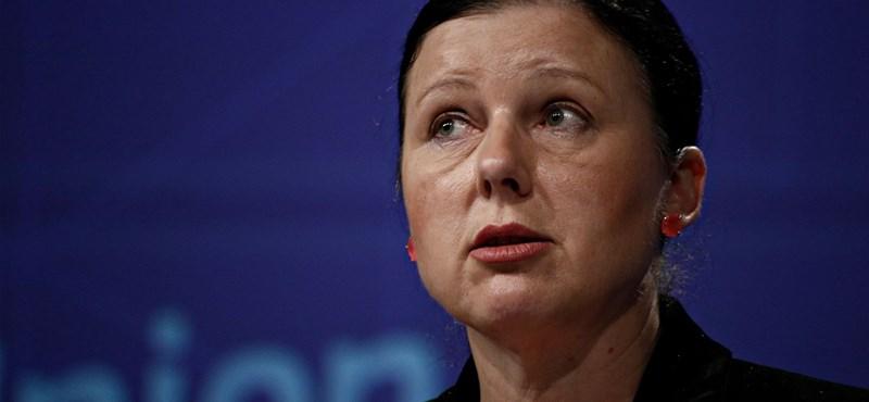 Magyarország bukhatja az EU-pénzeket – üzeni a cseh biztos