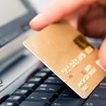 Furcsa bankkártya eladósodott egyetemistáknak