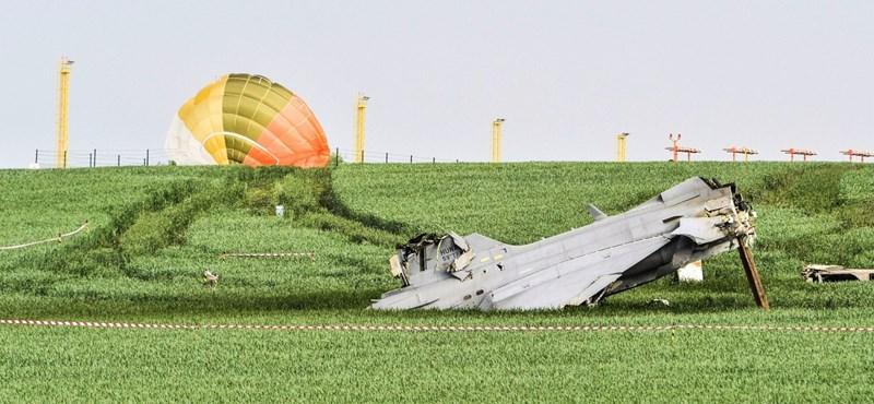 Simicskó: hét hónapon belül megérkezik az új vadászgép