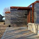 Angol pajtából különleges ház - egy jól sikerült megújulás