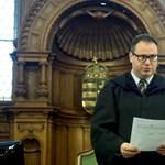 Kutyaütőzte a kirendelt védőket egy bíró – kiborult az ügyvédi kamara