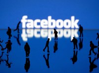 Fogynak a felhasználók, egyre furcsább sztorik kerülnek elő a Facebook-tiltásról