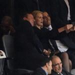 Itt az új Obama-mém: bedurcizott Obamáné a dán miniszterelnök miatt