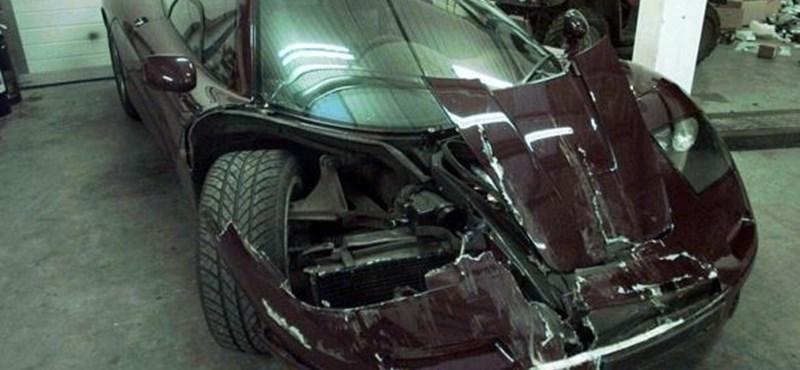 300 millióért javították meg Mr. Bean összetört McLarenjét