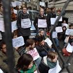 Fidesz-székház: foglalás után vonultak a tüntetők
