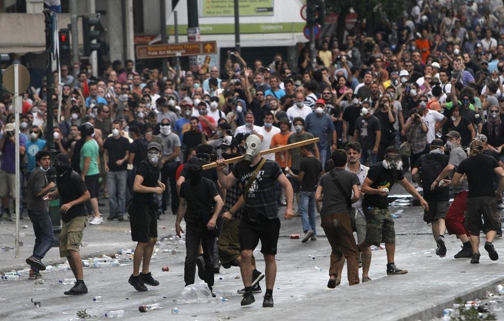 görögország utcai harcok nagyítás