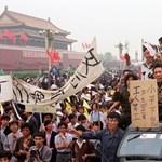 Kína urai úgy félnek a Tienanmen téri vérengzés évfordulójától, mint a tűztől