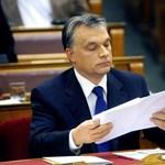 Kossuth tér 1-3. – Orbánt a fiatalokról és a madarakról kérdezik