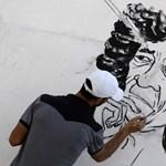 Több százan haltak meg a NATO-bombázásban Kadhafiék szerint