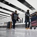 Hétfőtől két koronavírustesztet kell fizetniük az Angliába utazóknak