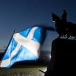 A skótok iskolareformját másolhatná a kormány