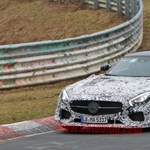 Brutális AMG GT-t tesztel a Nürburgringen a Mercedes
