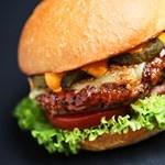Whiskey-s burger házilag - recept
