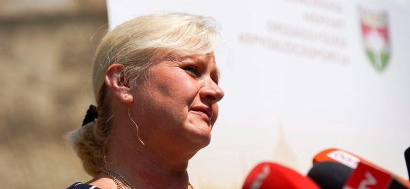 Kétszer is kikapott a Fidesz politikusa, mégis állami kitüntetést kapott