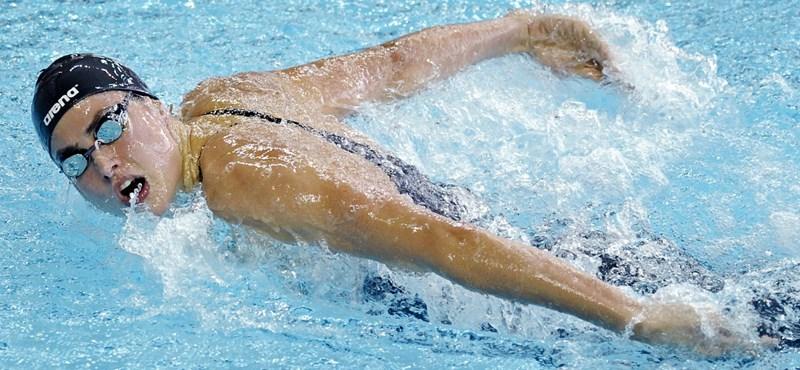 Kettős magyar siker az úszó világkupán