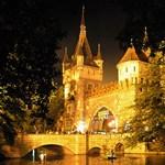 Budapest egyik legismertebb épületét milliárdokból újítják fel