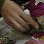 Hogyan készítsünk párszáz forintból karácsonyi díszt? - videó